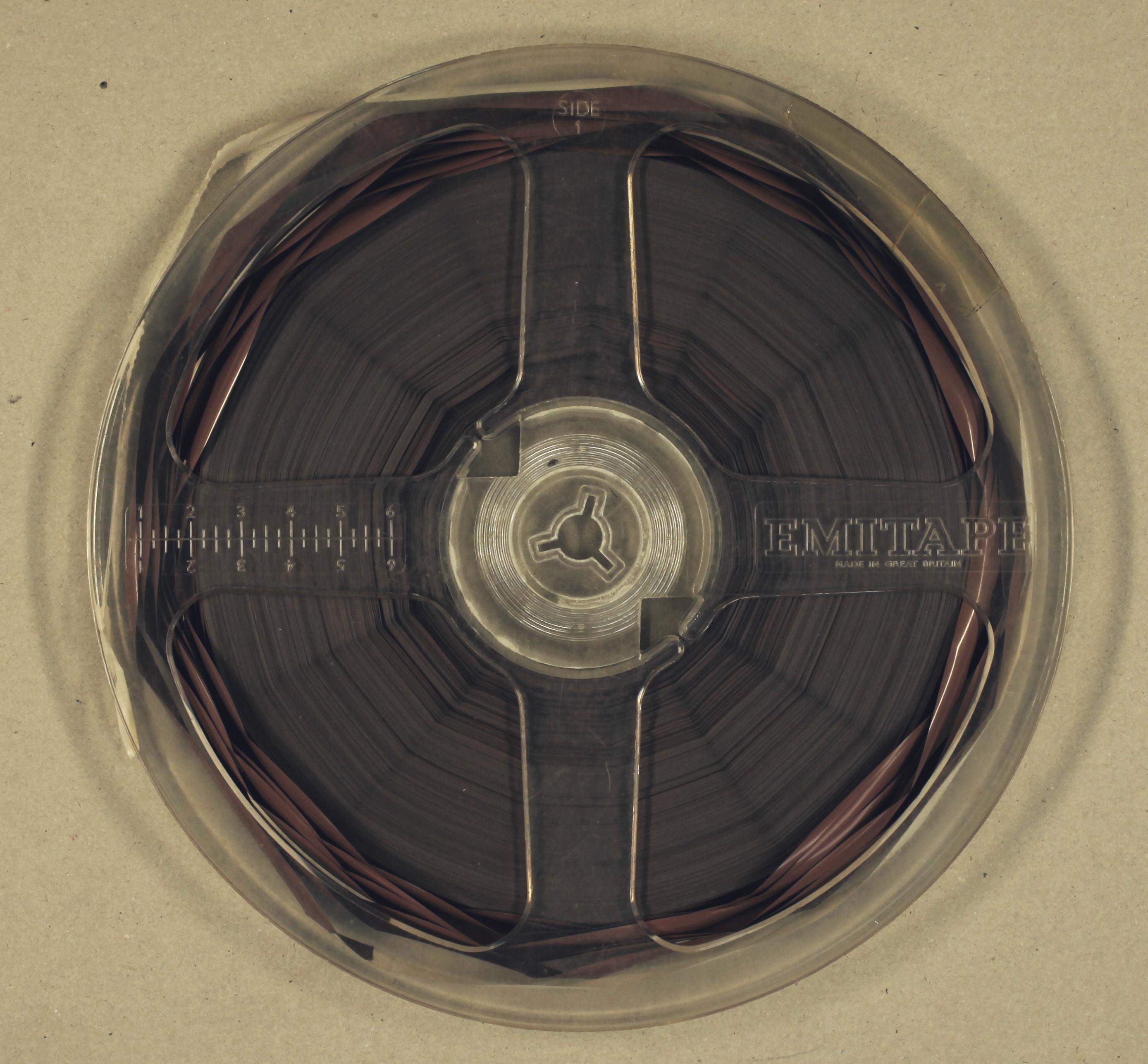 Afbeeldingsresultaat voor cupping audio tape