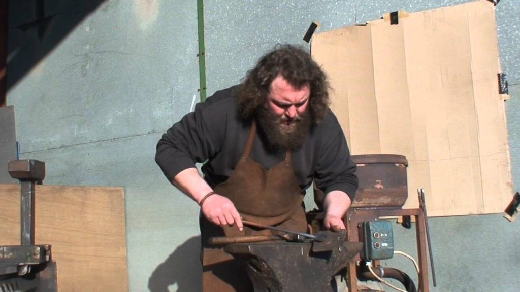 Mark Stretton of the English Warbow Society making arrow heads