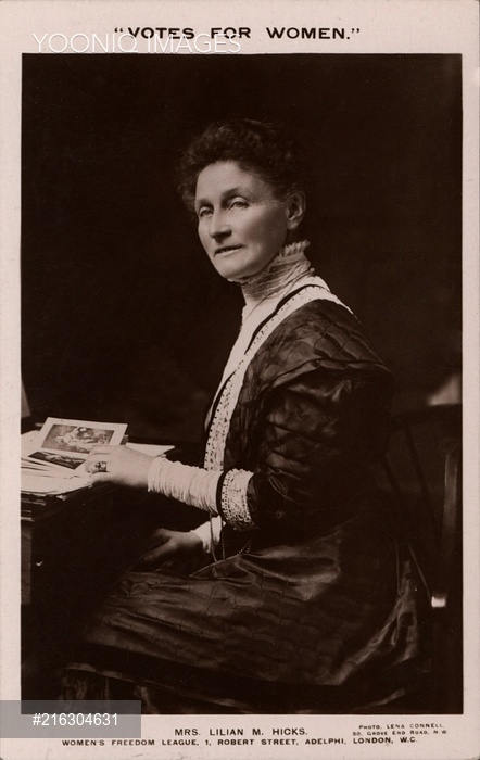 Photographic postcard of Lilian Hicks issued by the Women's Freedom League, c.1910 (from Yooniq images)